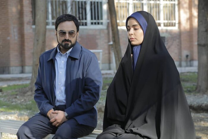 مهران رجبی: از ترس کرونا به جای دست آستین بازیگر را گرفتم